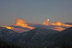 Moonrise / Sunset [Explore] (mclcbooks) Tags: sunset moon mountains clouds montagne lune landscape colorado nuage paysage