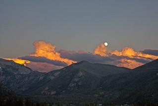 Moonrise / Sunset [Explore]