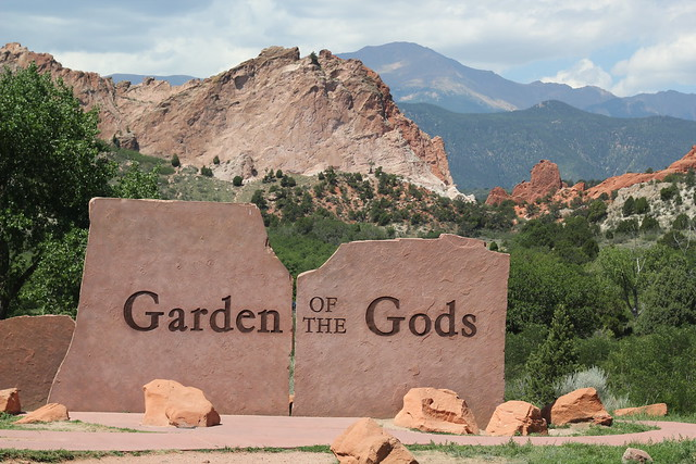 Garden of the Gods park entrance
