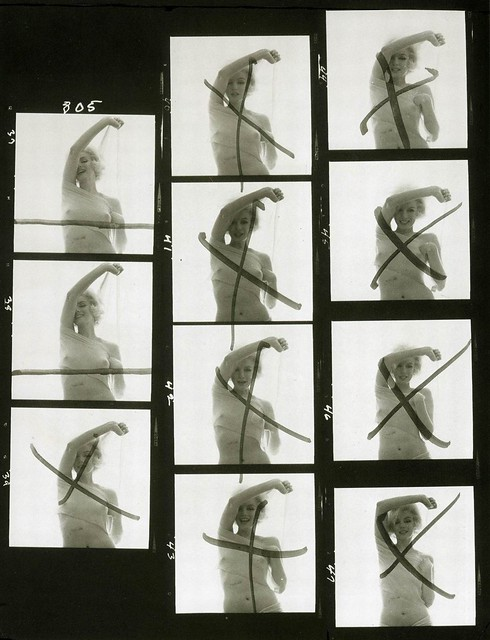 Marilyn_Monroe_s_last_photoshoot_1962_with_Bert_Stern_contact_sheet_marked_by_Marilyn_herself.