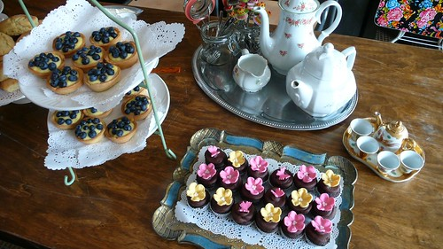 High Tea by CAKE Amsterdam - Cakes by ZOBOT