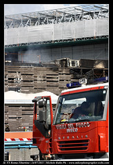 Stazione FS Roma-Tiburtina, Incendio 24 7 2011 - VVFF Stralis (Michele Rallo | MR PhotoArt) Tags: pictures auto city b bw italy white black rome color detail roma macro station closeup digital canon fire photography eos rebel photo reflex focus flickr italia colours foto photographer image zoom photos tag w pic photograph e fireman michele manual 1855mm af 75300mm stazione bianco nero incendio fuoco tg fotografo citt imago miker particolare immagine dettaglio fotogramma scatto telegiornale tiburtina inviati rallo 1000d