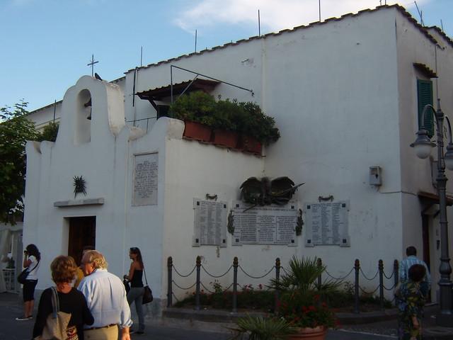 chiesa-abitazione-terrazza-monumento