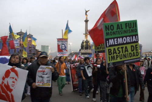 Protest march against a pardon for Fujimori
