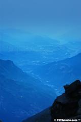 Misty Valley of Yushan (2121studio) Tags: travel nature wow photography nikon madonna taiwan best adventure ali malaysia indah kuantan alam jademountain alpacino mountainscape katewinslet  chinesetaipei  beyonc malaysianphotographer mendaki yushannationalpark laurenbush new7wondersoftheworld jatidiri mountyu 2121studio kuantanphotographer pahangphotographer ciptaanallahswt mountjade mountyushan gunungjade gunungyushan tallestmountainoftaiwan luarbiasafotografi  pendakigunung exsmart