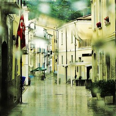 rain (archifra -francesco de vincenzi-) Tags: italy texture rain square piazza pioggia molise ilpleut centroantico larinocampobasso bassomolise archifraisernia francescodevincenzi mygearandme asquaresuperstarstemple