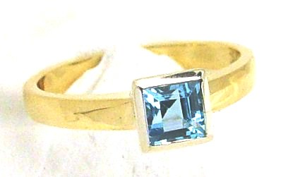 .Blue Topaz Dress Ring