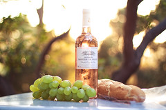 summer  snack ;) (STEFFEN EGLY) Tags: camping sunset summer france rose bottle bokeh vine baguette grapes wein trauben mediteranean bokehlicious