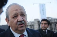 Catamarca: El Gobernador entregó insumos a viñateros de Tinogasta