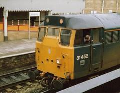 Keighley, February 1990, 31452 (elkemasa) Tags: 1990 keighley class31