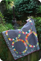 Single tester (GoldWillow) Tags: handquilting annamariahorner littlefolks singlegirlquilt modernquilting