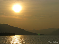 Douceur (Domi Rolland ) Tags: soleil europe lumire cano italie douceur iseo 2011 g9 lacd