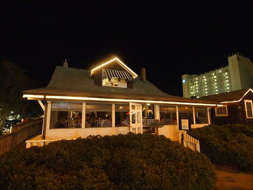 Tautogs Restaurant – Virginia Beach, Virginia