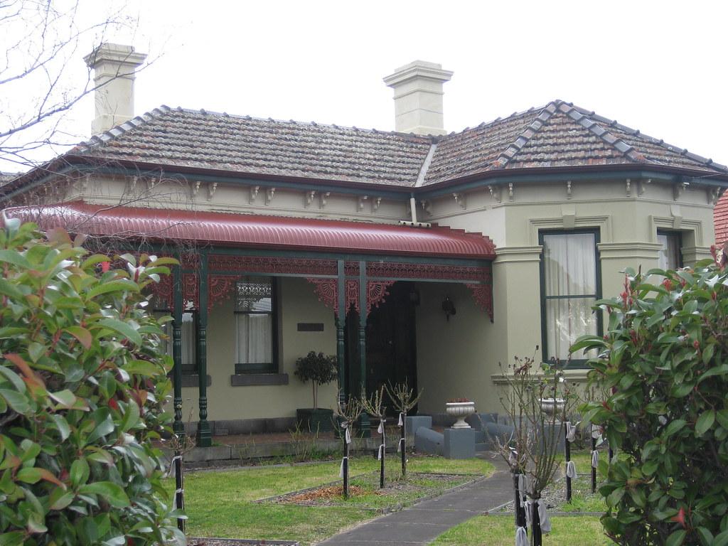 """""""Rosalie"""" a Victorian Villa - Moonee Ponds"""