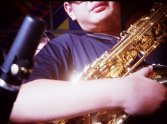 The Saxophone Dude (famnighjarta) Tags: film holga lomo fuji 400 analogue graphy