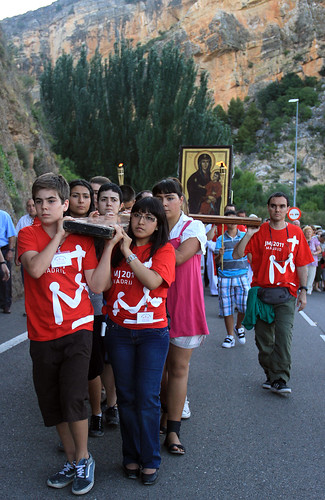 """Peregrinacion a Nuevalos y al Monasterio de Piedra con """"La Cruz de los Jovenes""""  y el """"Icono de la Virgen"""". JMJ Madrid 2011."""
