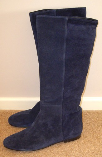 Blue suede boots2