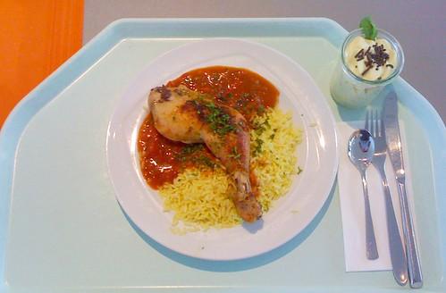 Hähnchenkeule mit Paprikasauce / Chicken tigh with paprika sauce