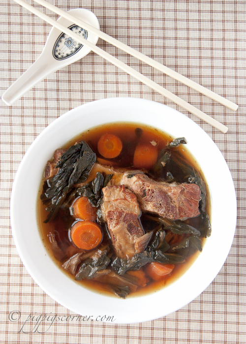 Carrot, Bok Choy & Pork Ribs Soup 红萝卜菜干猪骨汤