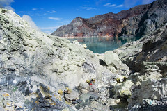 Ijen Crater (Kawah Ijen) (yunaidi joepoet) Tags: morning lake reflection misty fog stone night sunrise indonesia landscape volcano mirror photo big mine foto acid hill east mount crater labour worker gunung sulfur siluet miner biggest carries surabaya malam alam asap tambang silhoute eastjava kekayaan ijen minner kawah banyuwangi perjalanan photostock keranjang bondowoso sulphure belerang