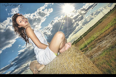 shine on (L e l e) Tags: sky woman sun girl clouds sunrise model eva tramonto nuvole shine cielo flare sole hdr lele ragazza grano campi fieno cs4 modella photomatix rotoball fieldhdr raffaelepreti campofields