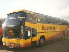 Buddens A3 ALP (quicksilver coaches) Tags: duxford buddens spaceliner neoplan romsey showbus n117 a3alp 684alp