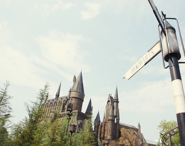 Howgarts Castle in Wizarding World of Harry Potter @ Islands of Adventure | Orlando, Florida
