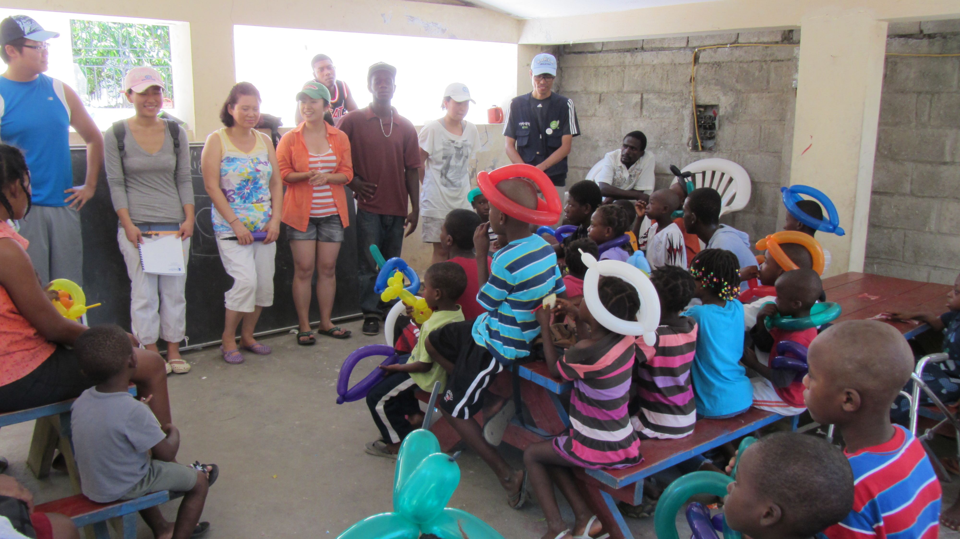 2011 아이티단기선교 고아원 (4)