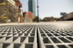 street view (Homemade) Tags: newyorkcity newyork dof bokeh grill drain lic longislandcity tamron1750mmf28