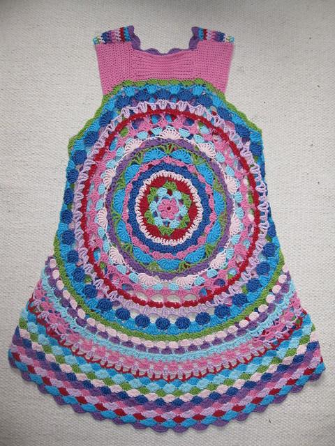 Free Crochet Pattern For Mandala Vest : Crochet...Gotta Love It! Blog: LUL s Flower Power Vest ...