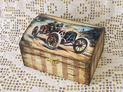 "Vintage jewel box ""Racers"""