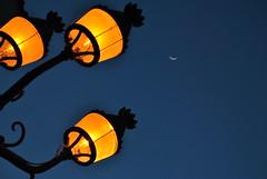 Quasi come la Bossa Nova (Choollus) Tags: blue light italy moon luz lamp yellow azul night jaune lune noche nikon italia campania blu luna bleu amarillo giallo lumiere tamron ischia nuit 18200 notte luce lampione nachte nikond3000