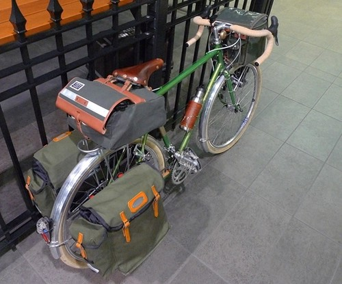Rivendell with Handlebar Bag, Saddlebag and Panniers