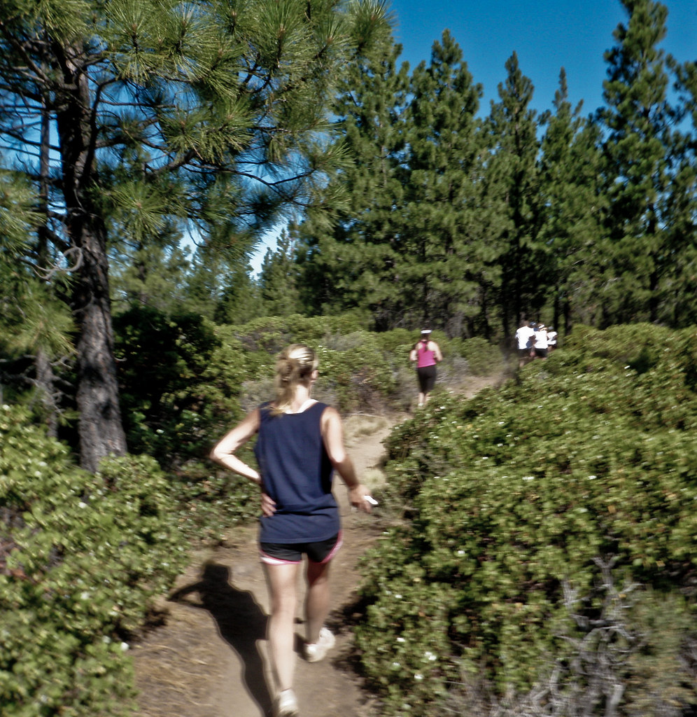 Photo Shot While Running - Haulin' Aspen 1/2 Marathon 2011, Bend, Oregon