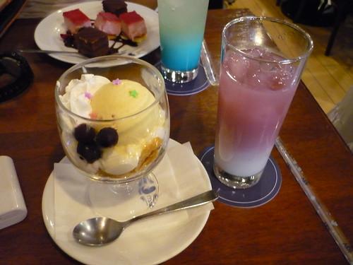 2011/08/08キュアメイドカフェ「ラブライブカフェ」