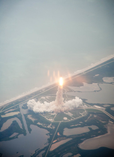 STS-135 Atlantis Launch (201107080002HQ)