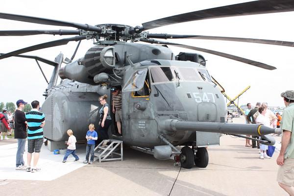 QCAS11_MH-53E_53