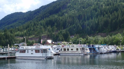 Shuswap Houseboats