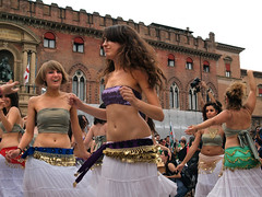 Belly Dancers @ Par Tt Parata  7893 (Lieven SOETE) Tags: life city carnival party people urban italy woman art festival female donna mujer italia fiesta arte artistic kunst femme mulher young diversity ciudad social dancer menschen sensual personas persone belly stadt bologna carnaval metropolis frau personnes ville jvenes junge joven citt giovani   jeune        weiblich  sensuelle intercultural 2011 danseuse   fminine    femminile partot diversit danzatrice partt parttparata interculturel  delventre