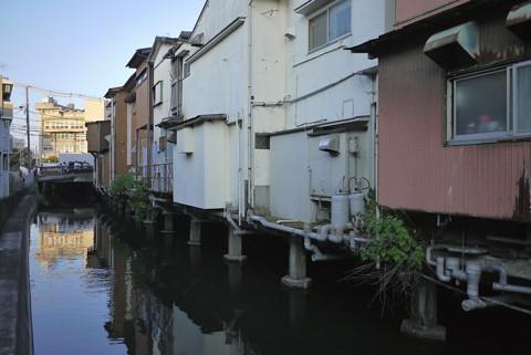 横須賀市追浜商店街