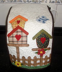 Capa Mquina de Po (Arte de Unir Retalhos) Tags: capa patchwork cozinha casinha aplique patchcolagem capamquinadepo