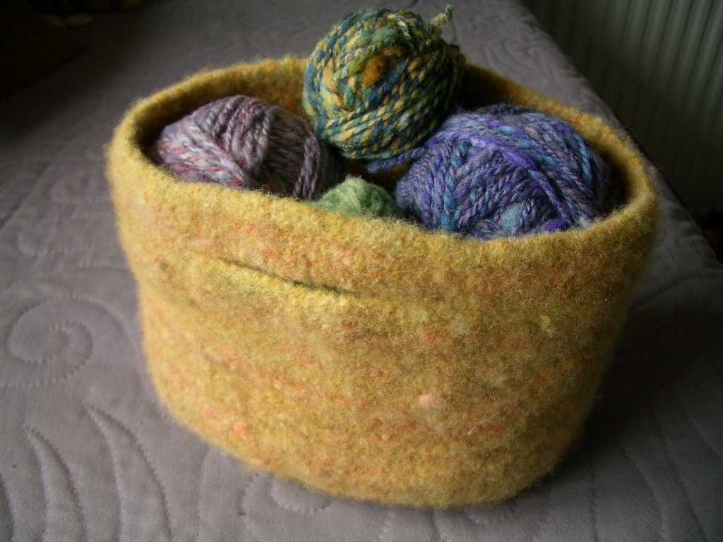 Gold felted bag Jul 11