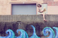 [フリー画像] 人物, 女性, 人と風景, 帽子・キャップ, アメリカ人, 201107270900