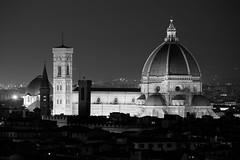 Firenze (marco prati) Tags: bw canon is florence ponte e 200 di l mk2 5d firenze duomo arno 70 battistero bianco nero f4 brunelleschi vecchio