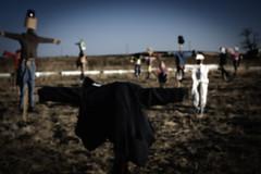 Thriller (Leandro MA) Tags: serrada 40d leandroma espantapájaros2011