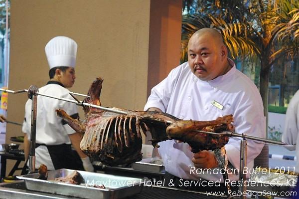 Ramadan buffet - Maytower Hotel & Serviced Residences-30