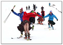 kilted-skiing (photo by Andrew Smith) (kilt4142) Tags: scotland kilt bare scottish windy highland scot swinging kilts skier scots tartan kilted scotsman upkilt