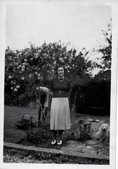 50s Lady in the Garden (vintage ladies) Tags: dog smile garden necklace shoes skirt 50s