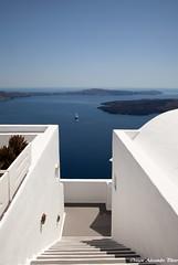 Una scalinata nel blu (Ortogni Alessandro) Tags: scale canon greek mediterraneo mare estate santorini grecia caldera vulcano cicladi ef24105f4isl eos5dmkii