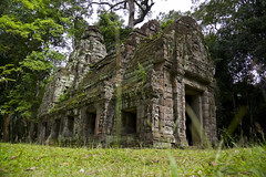 Preah Khan (Sacred Sword) (Keith Kelly) Tags: stone religious temple ancient sandstone asia cambodia southeastasia library buddhist ruin kingdom holy sacred kh siemreap angkor preahkhan laterite kampuchea jayavarmanvii bayonstyle sacredsword late12thcentury